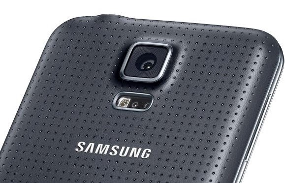 Sensor de frequência cardíaca do Galaxy S5 - 579x372