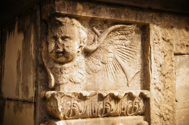picture of an angel on a crypt