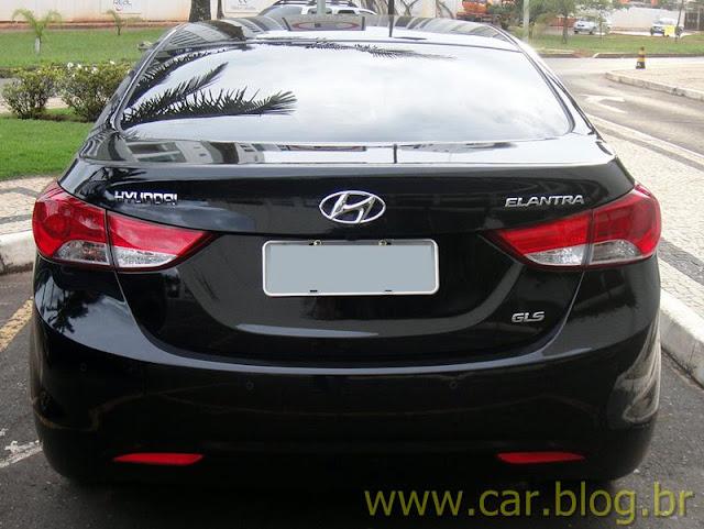 Hyundai Elantra 2012 GLS 1.8L Automático - preto - traseira