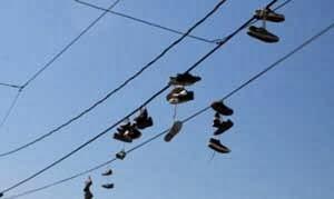 Tradisi Buang Sepatu – Republik Ceko