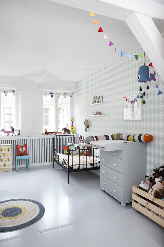 Ferm Living Tapete Harlequin : Scandinavian Kids Room