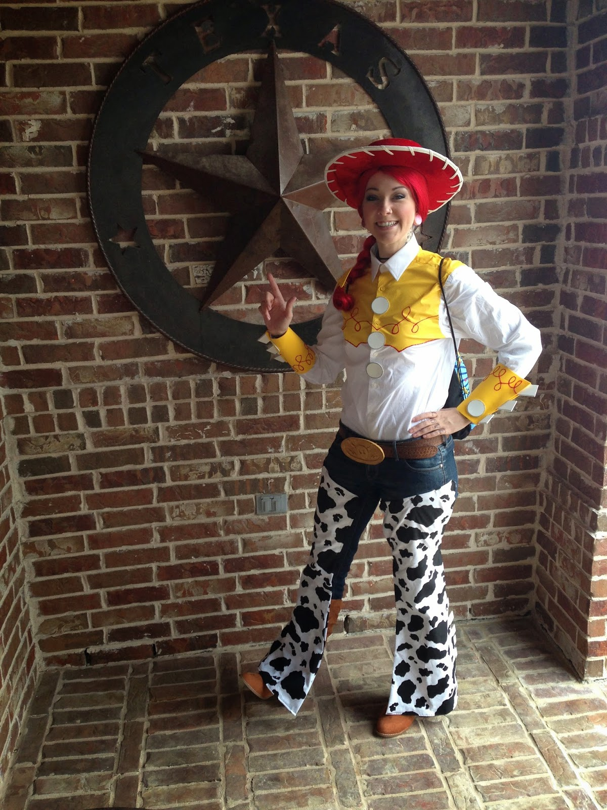 Omglitzy tutorial jessie from toy story cosplay its a used official toy story licensed hat sadly i cant find any others online to link for you but this tutorial gives good tips solutioingenieria Images