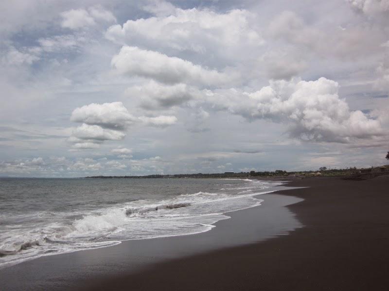 Tempat Wisata Pantai Tegal Besar Klungkung