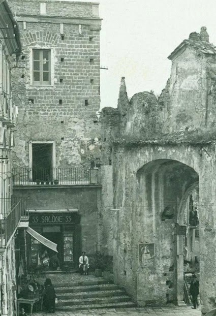 Benevento c 39 era una volta porta rufina vista dall - Porta cartoline ...