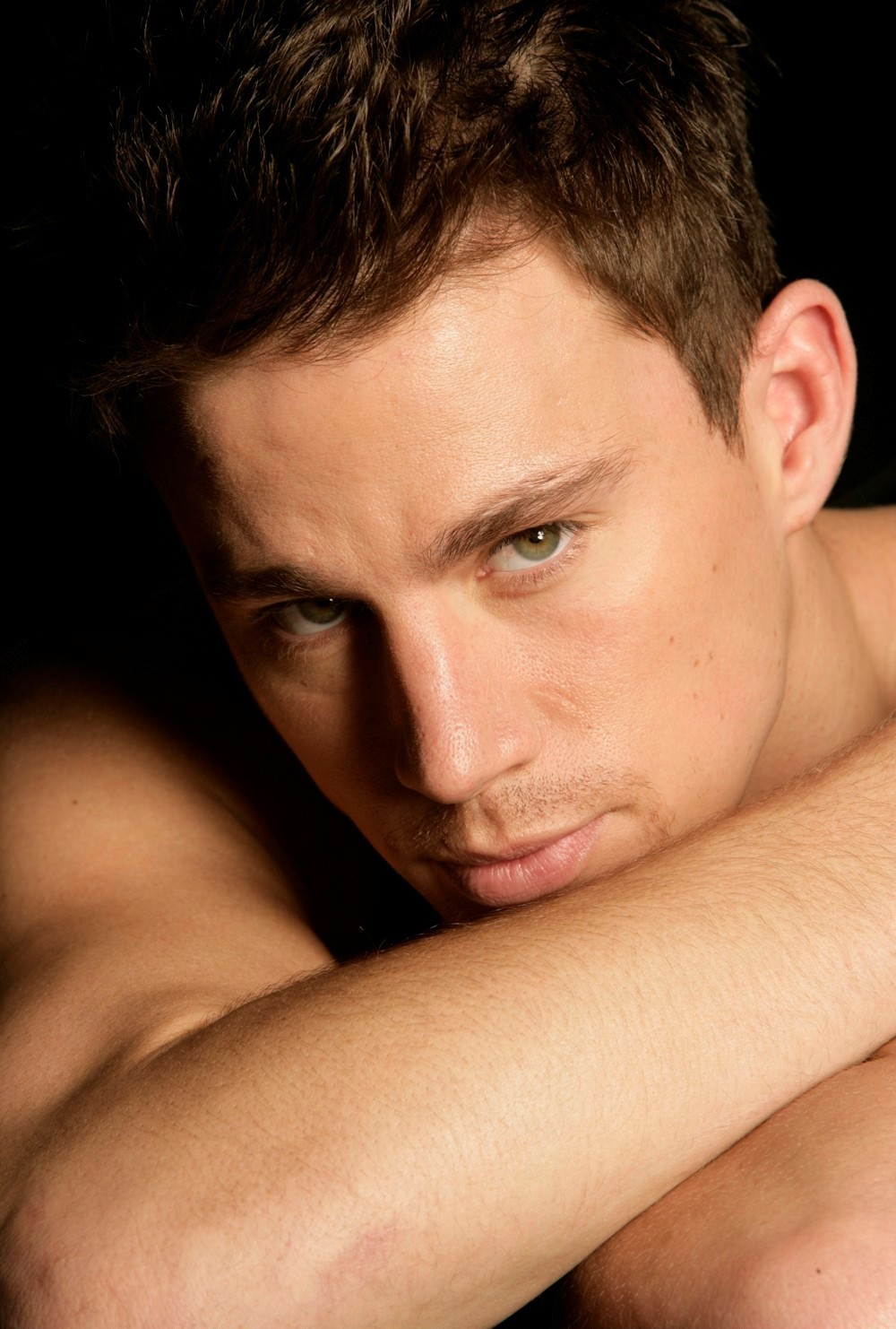 channing girls Channing tatum says he did 'a lot of bad things' during his stripper days at the age of 19 channing who glammed up girls erin holland and natasha.
