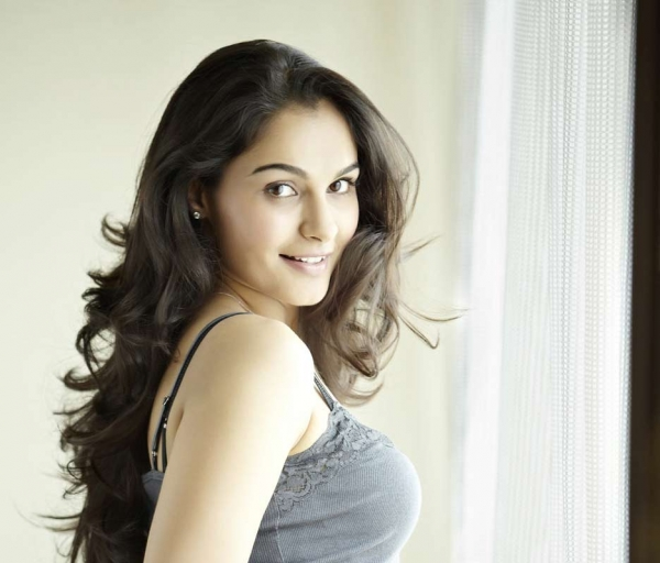 andrea jeremiah interview - 600×512