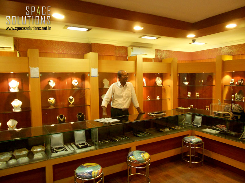 Soni arts jewellery showrooms in india for Jewellery showrooms interior designs