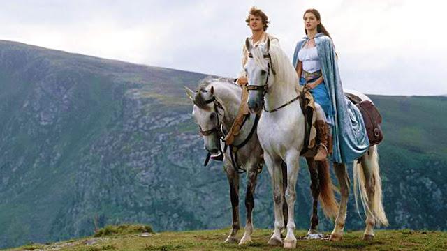 Έλλα, η Μαγεμένη (2004)