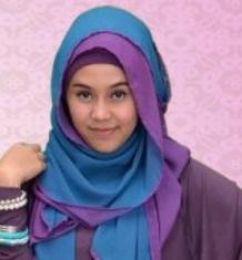 Cara Memakai Jilbab Pashmina Dan Kreasi Segi Empat