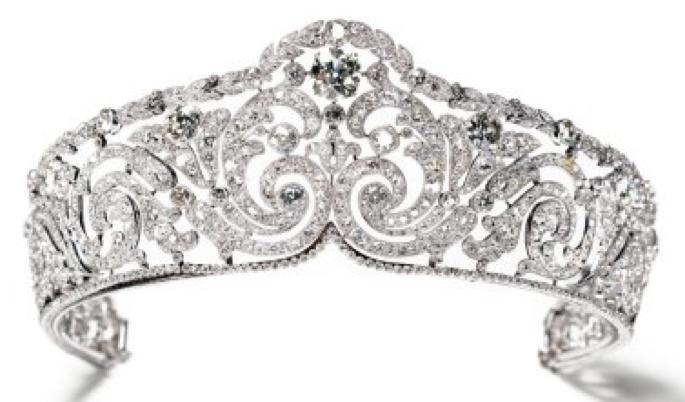 تيجان ملكية  امبراطورية فاخرة Cartier_Tiara_Rinceaux1910