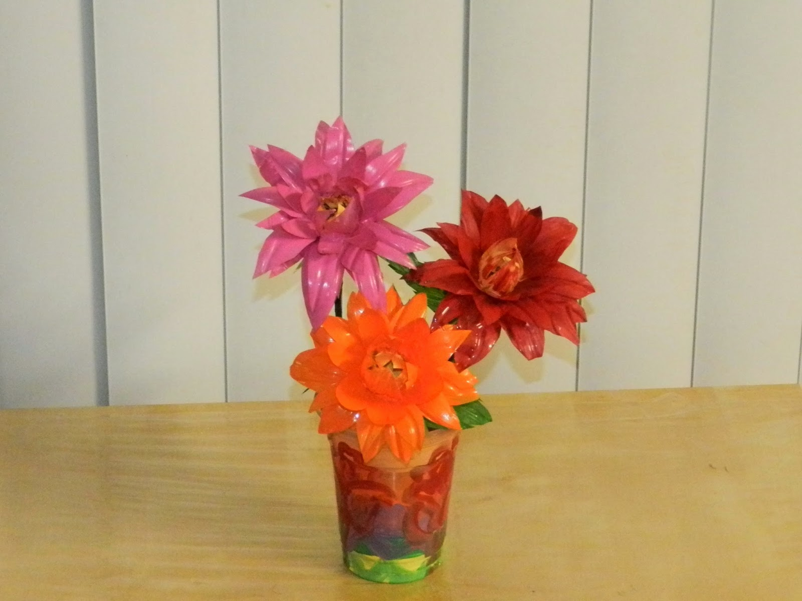 Creative diy crafts dahlia flowers with waste water bottles creative diy crafts reviewsmspy