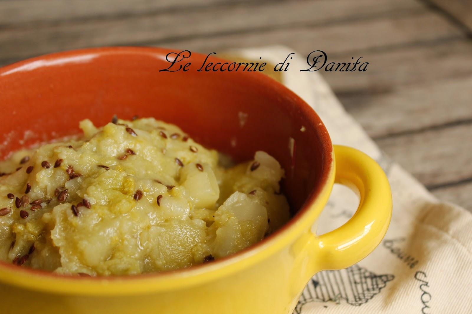 zuppa di broccoli e patate con semi di lino