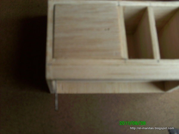 El mundo de las manualidades y la artesan a tutorial paso for Trabajos por debajo de la mesa