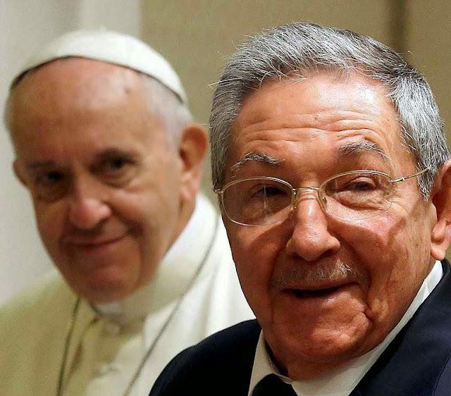 Francisco I e o ditador comunista cubano Ra�l Castro