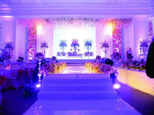 Dekorasi Panggung Pengantin Graha Padma Club Semarang