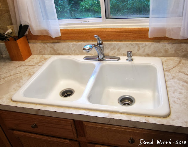 how to caulk a sink, silicone, what to use