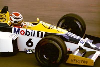 http://4.bp.blogspot.com/-iyg5QPCw3l0/T1OBnLH457I/AAAAAAAAAlU/ZNEhjy12oic/s400/Piquet+1986.jpg