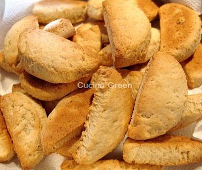ricetta biscotti senza uova alle banane