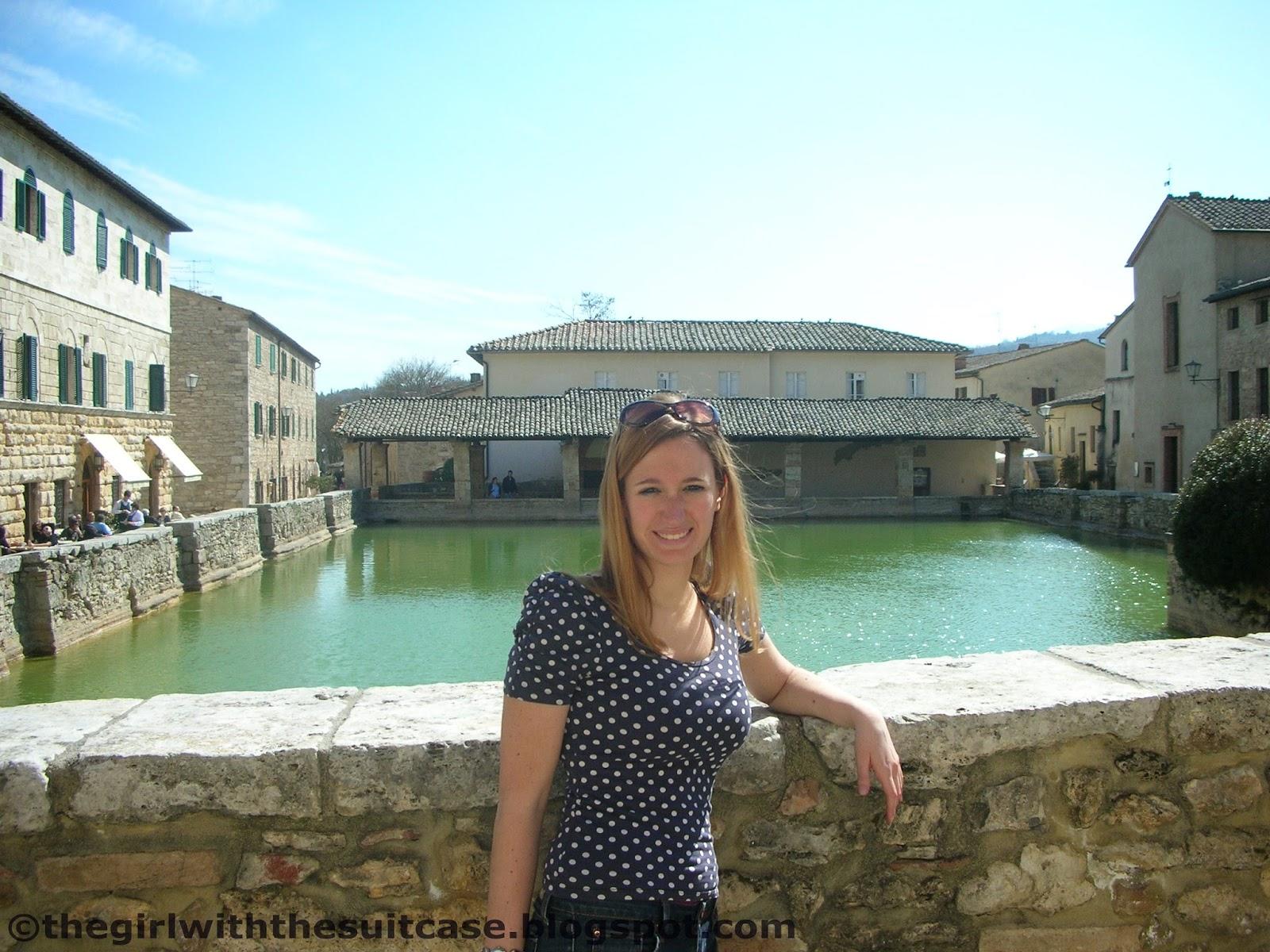 Bagno Vignoni: il gioiello della Val d\'Orcia - The Girl with the ...