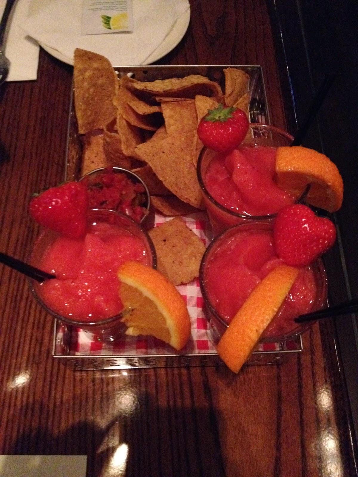Aeromexico flight margarita chips salsa