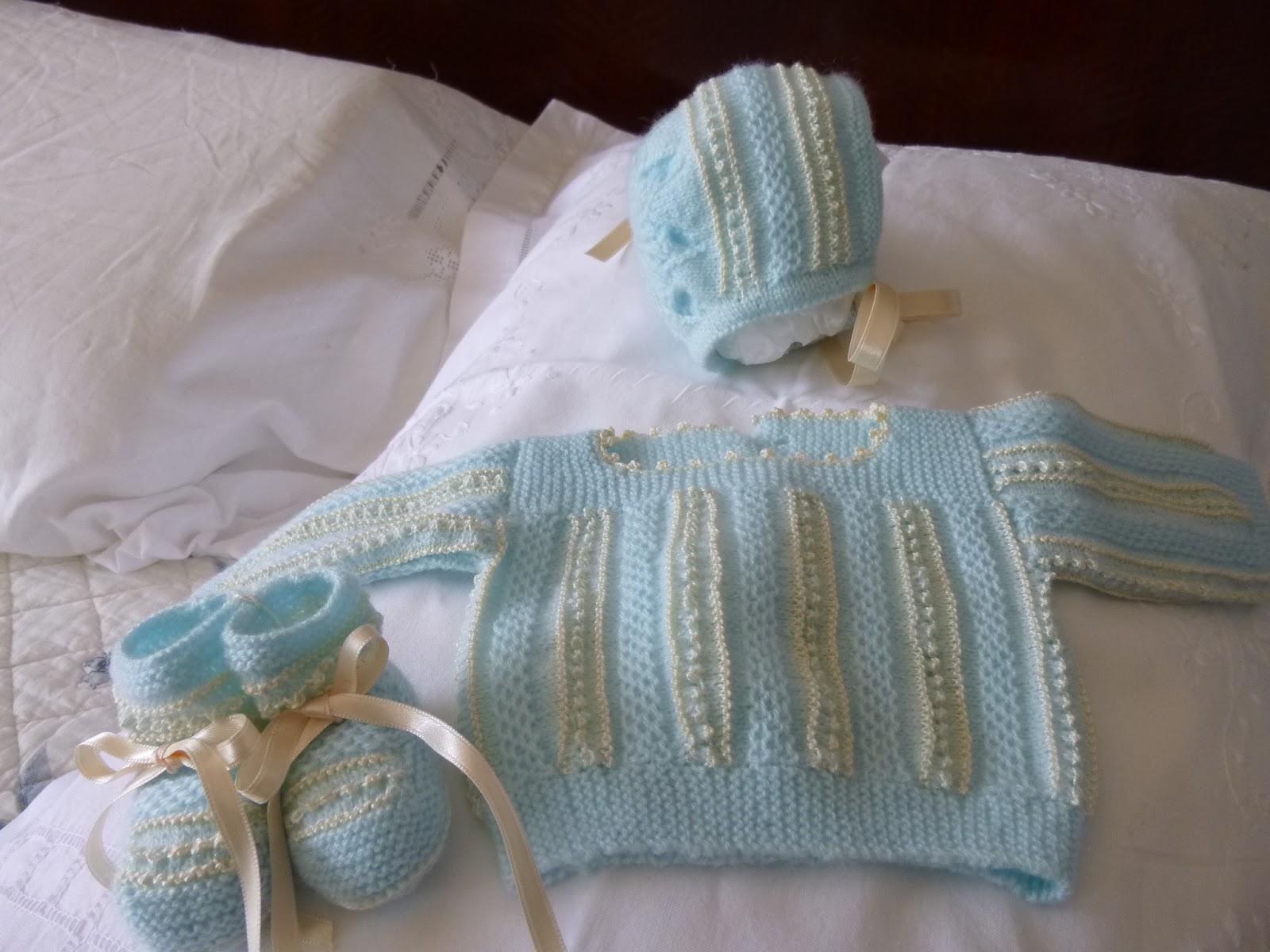 Mis labores de calceta conjunto beb azul - Puntos para calcetar ...