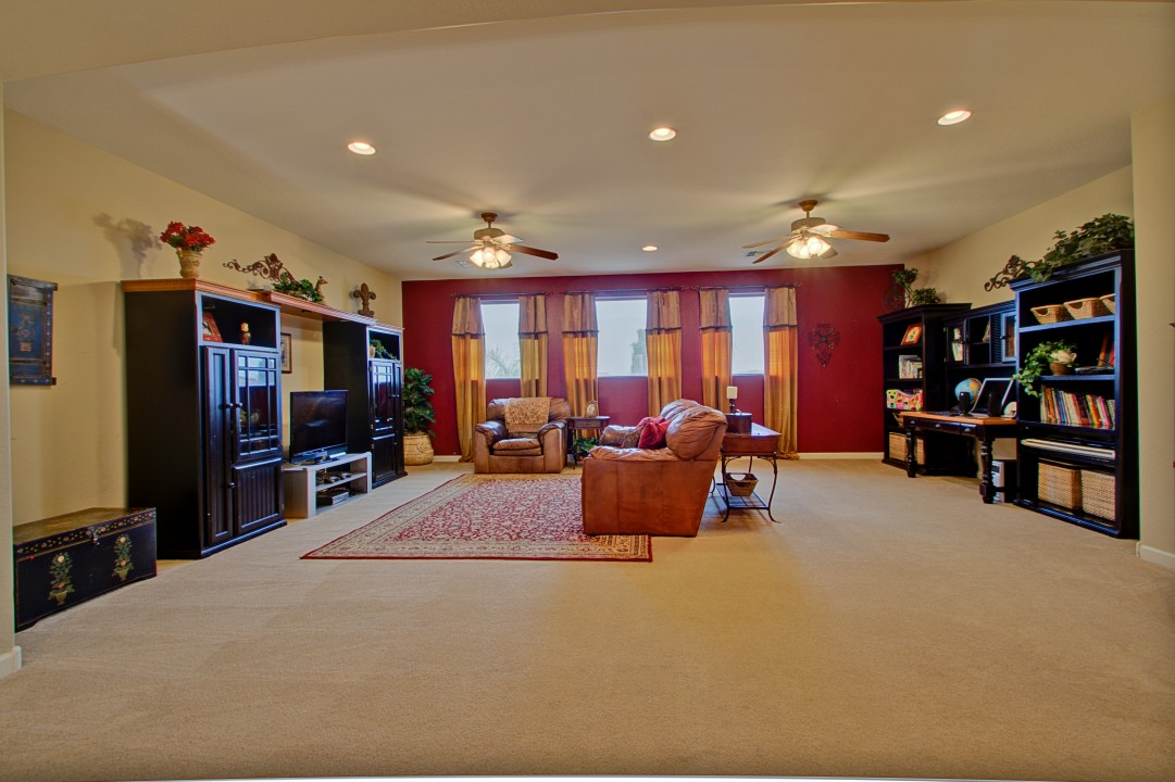 18 amazing basement homes for sale kelsey bass ranch 42451 for Basement homes in az
