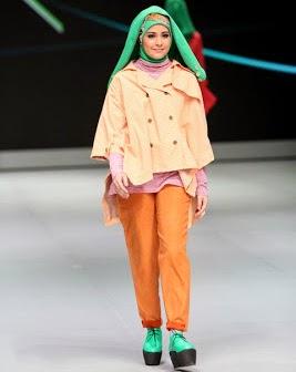 7 Model Busana Hijab Ala Risty Tagor