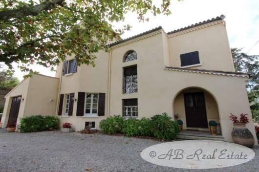 ab real estate france quality villa in a languedoc market village for sale in carcassonne area. Black Bedroom Furniture Sets. Home Design Ideas