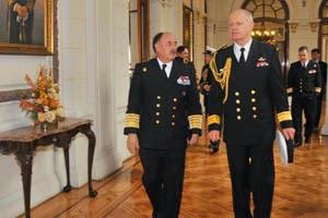 http://www.armada.cl/armada/noticias-navales/jefe-de-la-real-armada-de-nueva-zelanda-realiza-visita-oficial-a-la-armada-de-chile/2014-11-28/122539.html