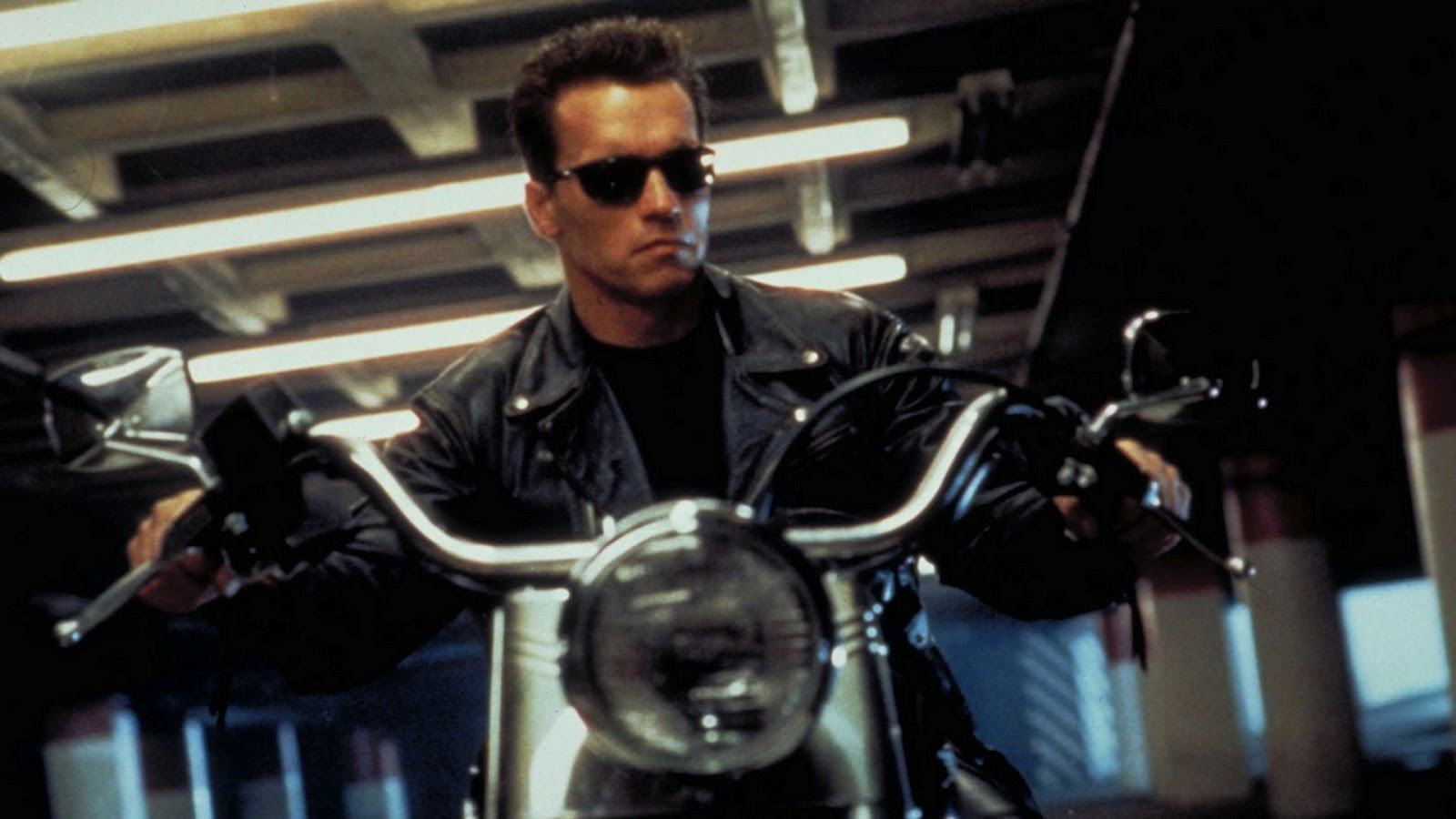 http://4.bp.blogspot.com/-izqeBhocrJQ/UBKhDYxGFEI/AAAAAAAAC-0/I5h56wO2yxQ/s1600/Terminator-2-Judgment-Day-Wallpaper-5.jpg
