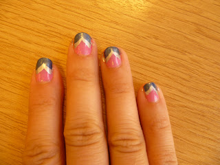 Fish Tail Chevron Nail Art
