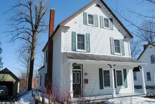 La richesse architecturale de sherbrooke maisons dans le vieux nord for Plan de maison style americain