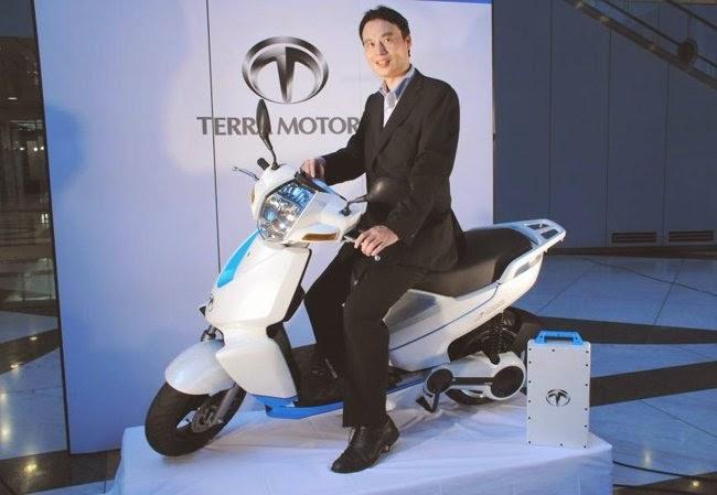 Xe máy điện phát wifi ra mắt tại Việt Nam