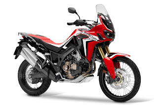Honda CRF1000L Africa Twin (2016) Front Side 1