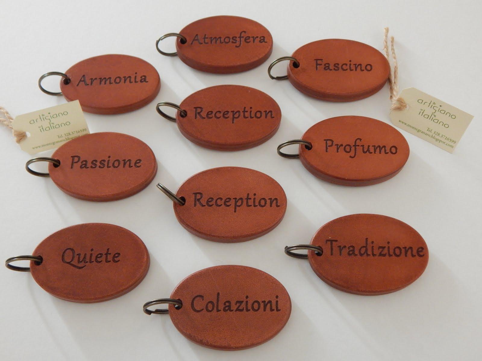 Portachiavi ovali per hotel personalizzati