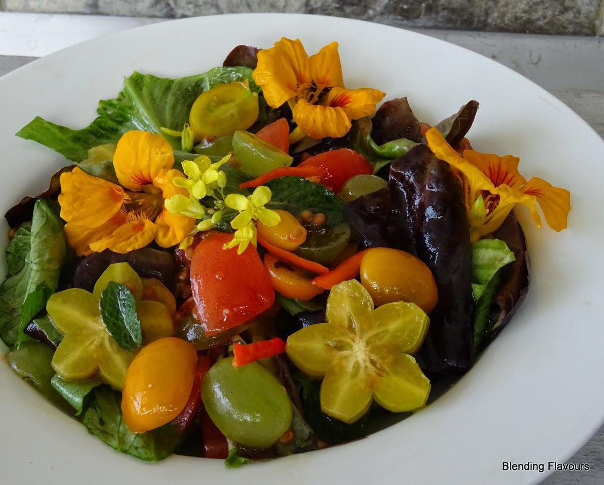 Lettuce & Plum Tomato Salad