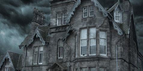 6 Tanda Yang Kamu Rasakan Ketika Rumahmu Berhantu