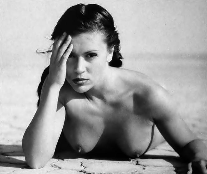 Stone alyssa milano nude photo shoot lesbian