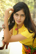 Madhumitha photos in yellow-thumbnail-4