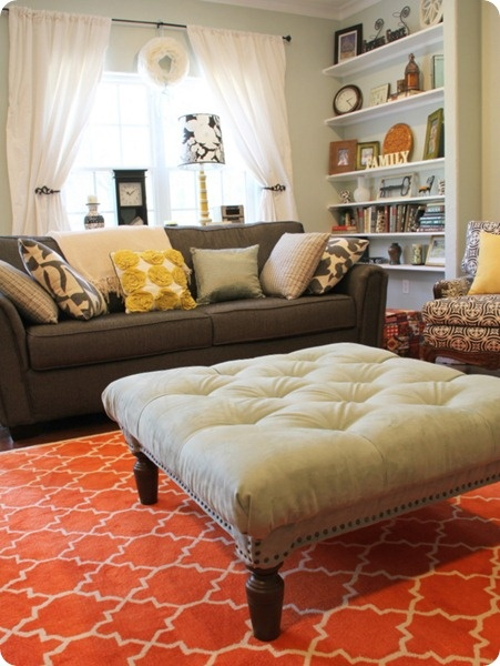 Switching In An Orange Or Red Rug Could Be A Quick Way To Update For Fall And Completely Change The Energy Of Room I Like Quirky Collected Style