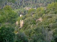Bestorres de la tercera muralla defensiva del Castell de Sant Jaume