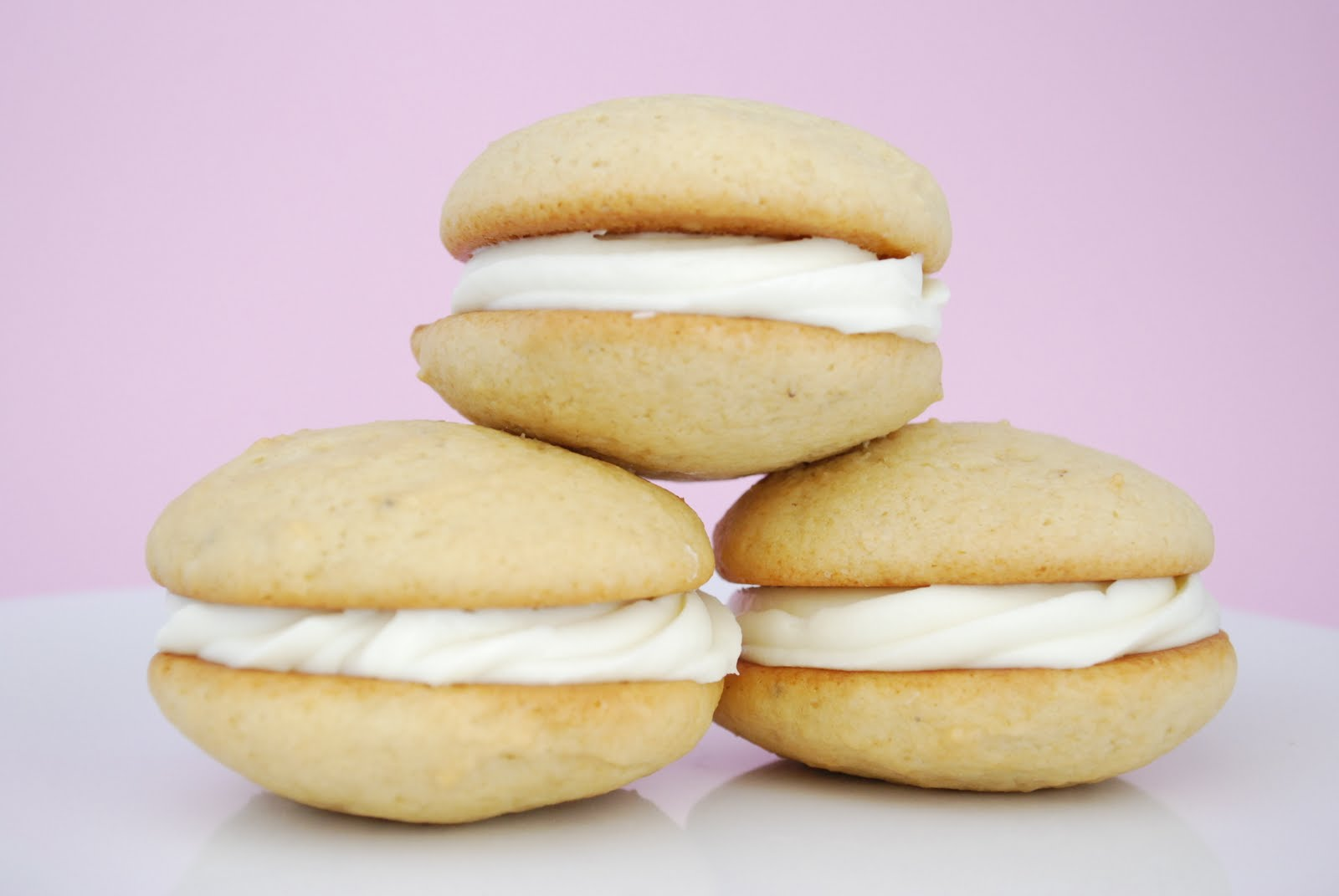 Bake.Frost.Repeat: Banana Whoopie Pies