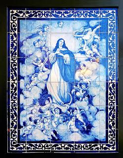 Copia en azulejo de la Inmaculada de los Venerables, de Murillo