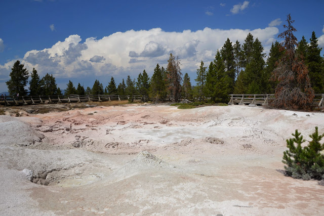 paint pots yellowstone