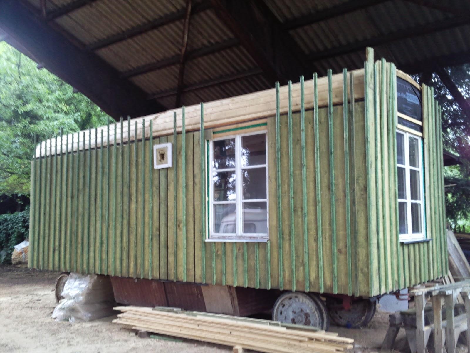 ein neuer wagen f r den waldkindergarten juli 2014 bearbeitung der au enfassade. Black Bedroom Furniture Sets. Home Design Ideas