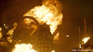 The Daleks storm Gallifrey as Arcadia falls
