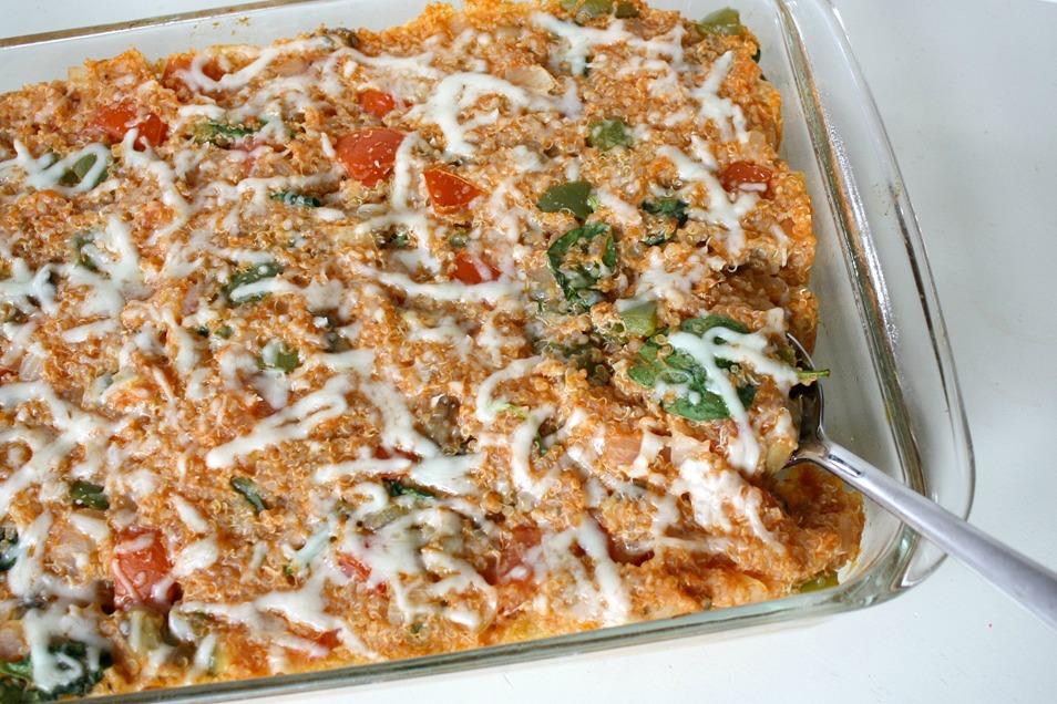 The Garden Grazer: Pizza Quinoa Casserole (Veggie Supreme!)