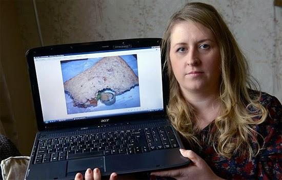 Hanna Scott mostra foto de seu lanche com caracol dentro