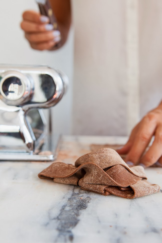 Cocoa Pasta w/ Butternut Squash / blog.jchongstudio.com