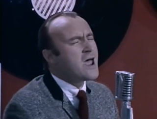 videos-musicales-de-los-80-phil-collins-two-hearts